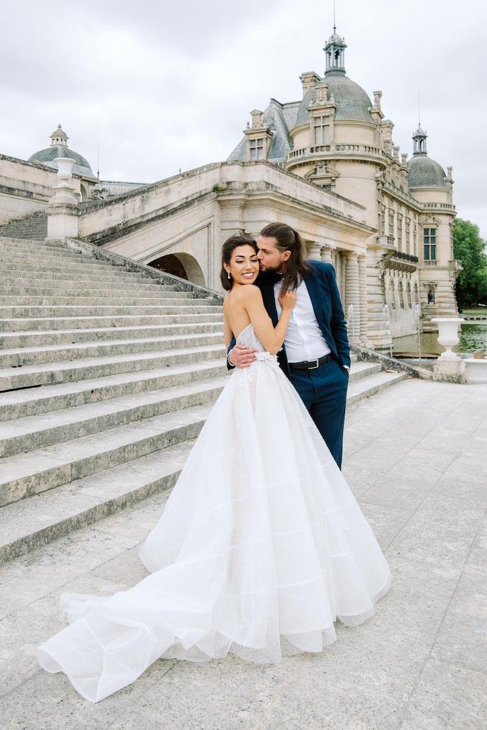 wedding couples photos at chateau de chantilly france
